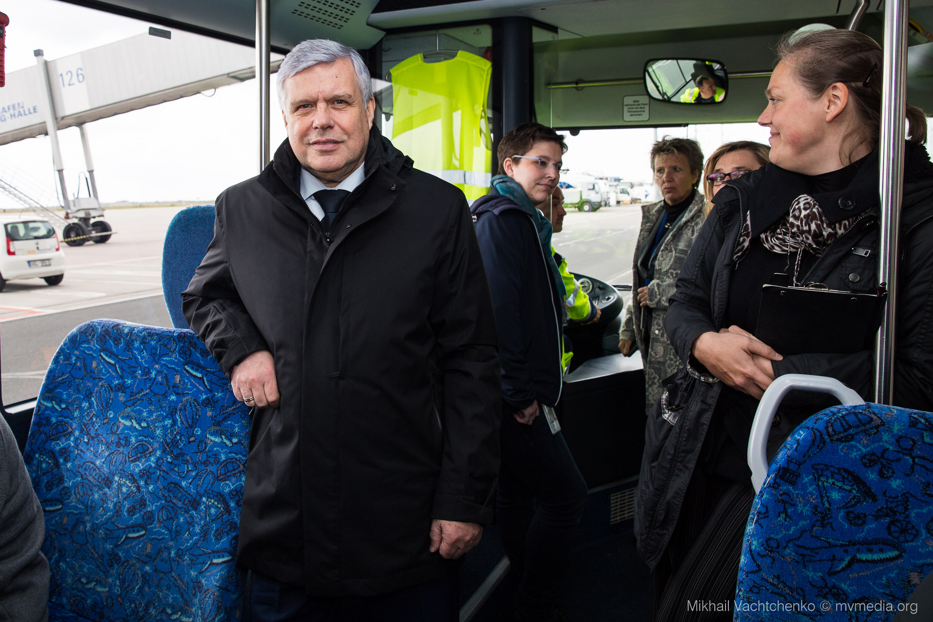 Flüghafen Bus