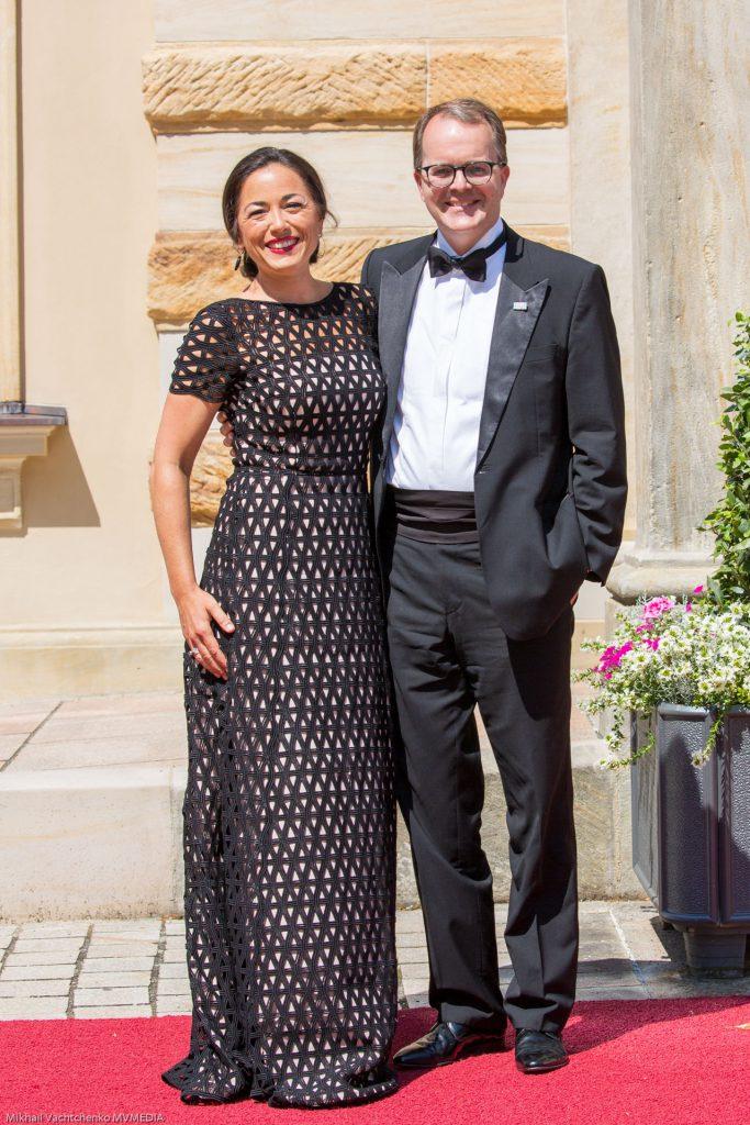 Landtags-Vizepräsident Markus Rinderspacher mit Lebensgefährtin Franziska Rabel