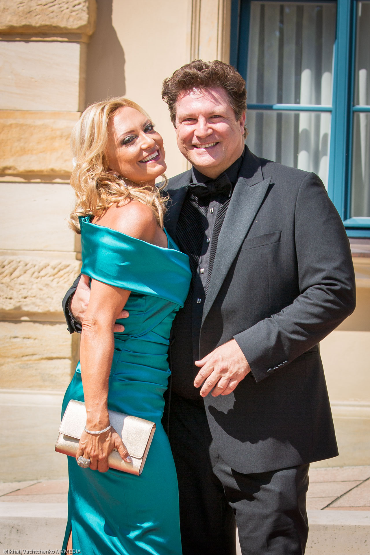 Schauspieler Francis Fulton-Smith mit Lebensgefährtin Claudia Hillmeier