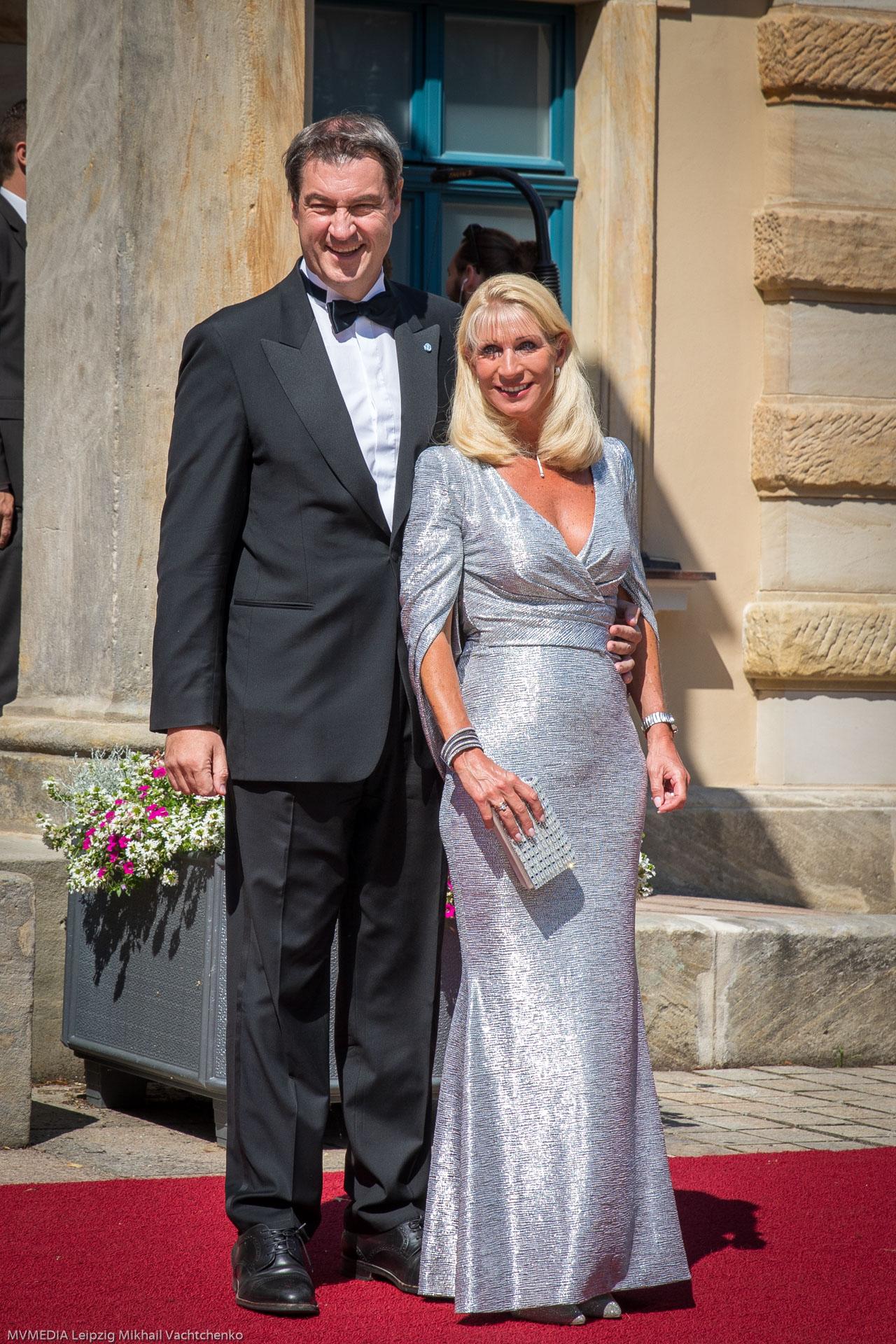 Премьер-министр Баварии Маркус Зёдер с супругой Карин Бауммюллер-Зёдер